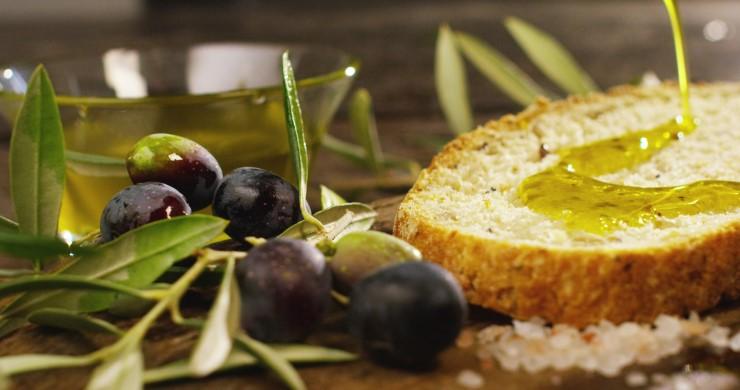 Olio bio tra gusto, salute e ambiente