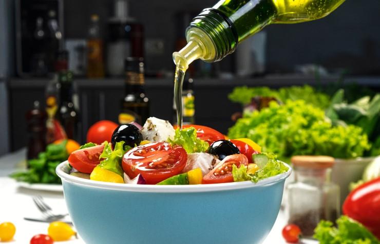 L'olio monocultivar di olive leccino: equilibrio e delicatezza di sapore