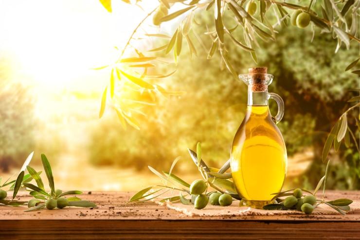Olio spremuto a freddo: qualità superiore, gusto ricco